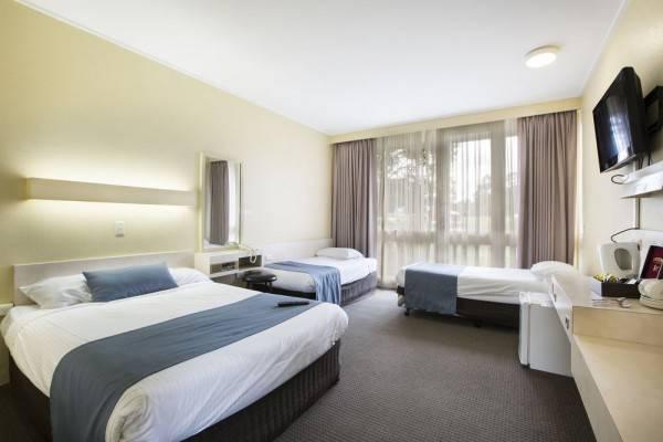 Sandown Park Hotel