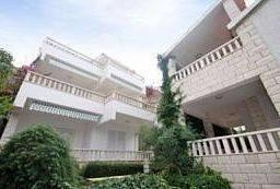 Aparthotel eM Ka