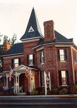 Parsonage Inn