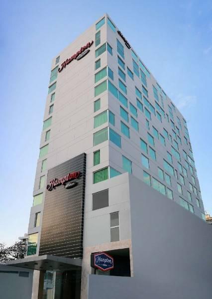 Hotel Hampton by Hilton Panama