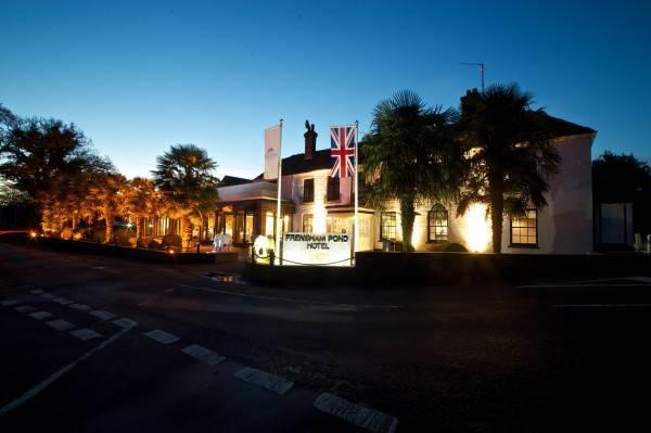 Hotel Frensham Pond