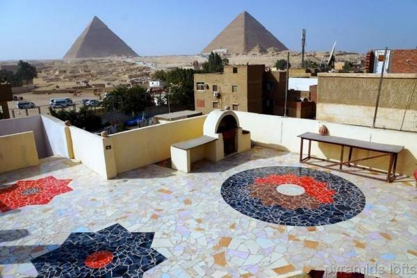 Hotel Pyramids Loft Homestay