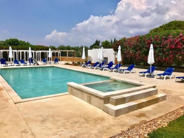 Hotel Relais Masseria Casina Dei Cari