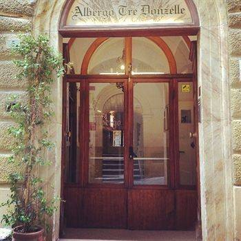 Hotel Albergo Tre Donzelle