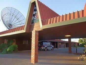 Aquarius Motor Inn