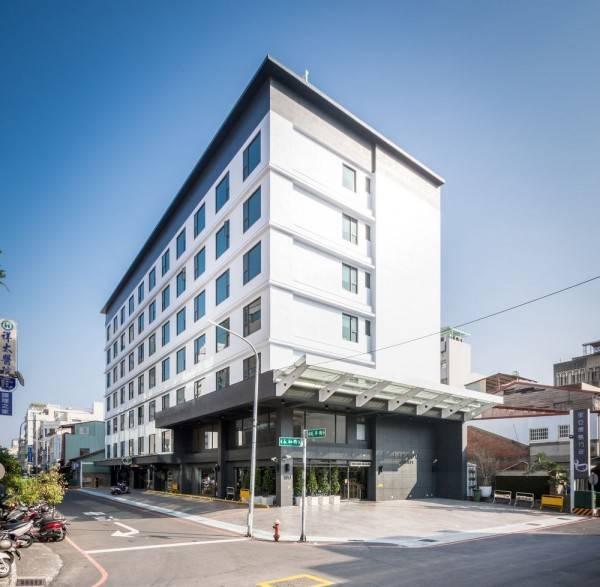Liyaou Hotel