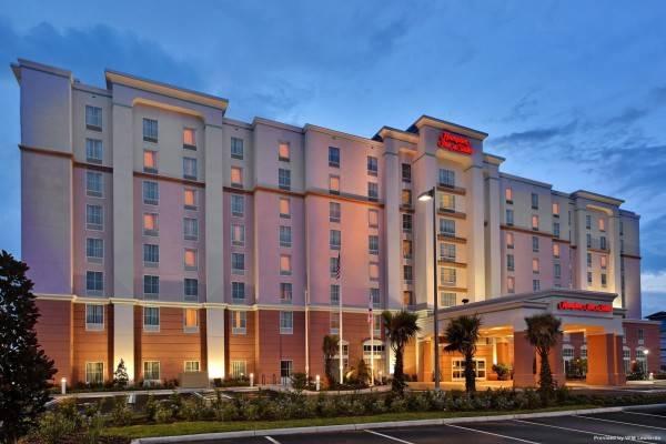 Hampton Inn - Suites Orlando Airport Gateway Village FL