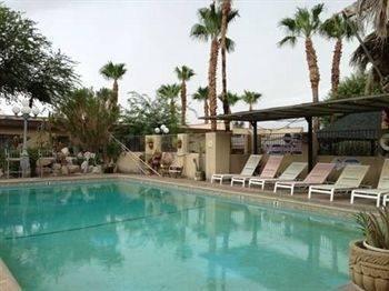 Sahara Hot Springs Family Park & Inn