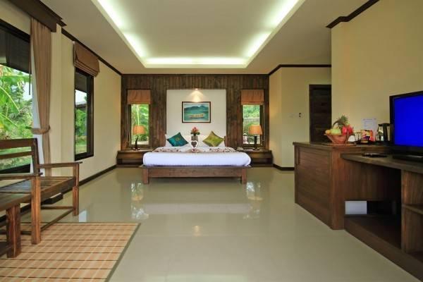 Hotel The Villa Laemhin Lagoon Resort