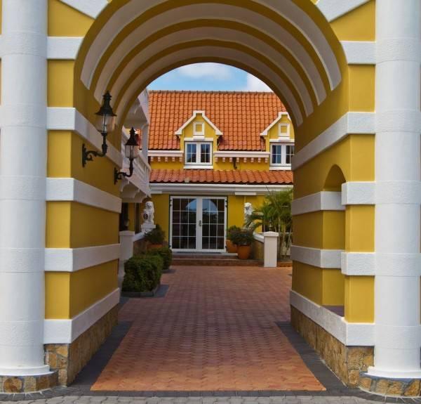 Hotel Amsterdam Manor Beach Resort