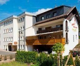 Land-gut-Hotel Merker am Bostalsee