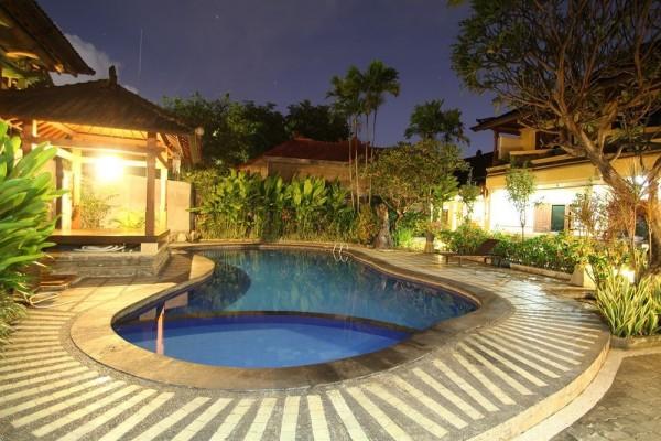 Paradiso Beach Inn