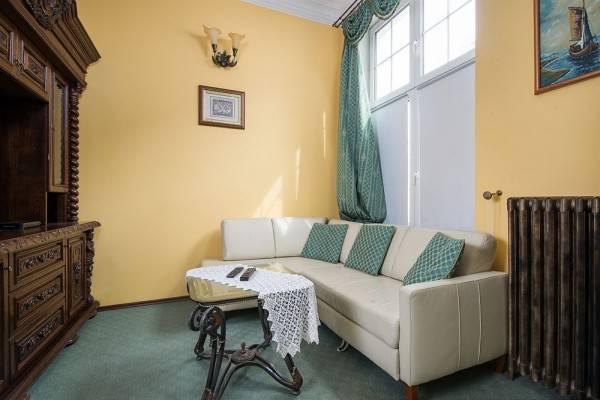 Hotel Apartament Perla
