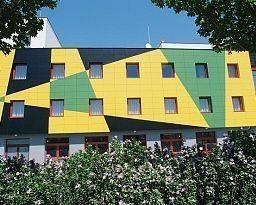 Hotel WHB