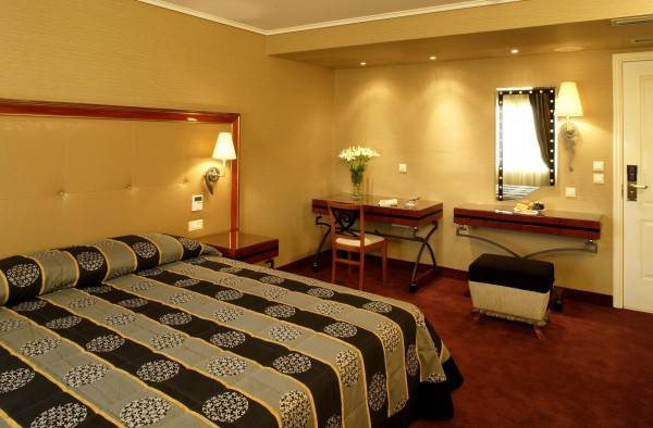 Hotel Piraeus Theoxenia