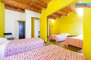 Sleep Easy Hostel
