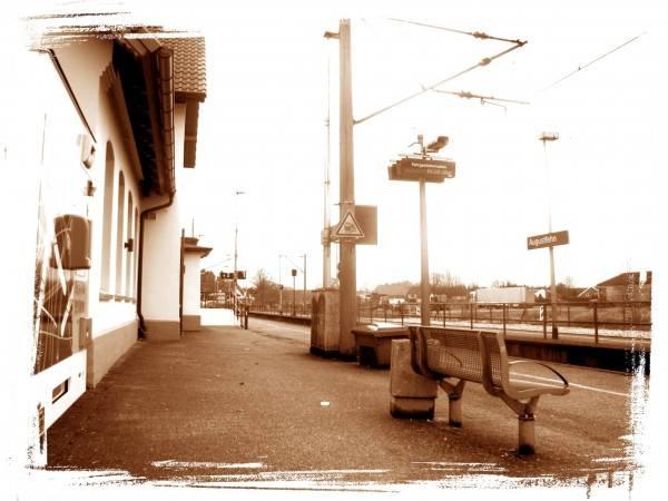 Hotel Gleis 3 (Bahnhof Augustfehn)