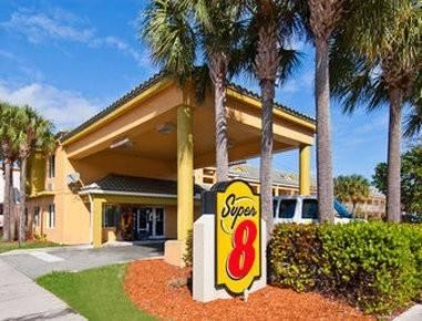 Hotel Super 8 by Wyndham Dania/Fort Lauderdale Arpt