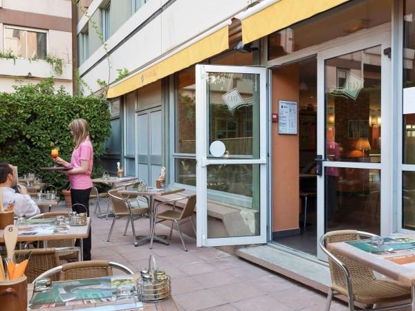 Hotel ibis Marseille Centre Prado Vélodrome