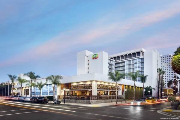 Hotel Courtyard Long Beach Downtown