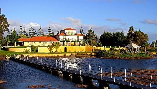 Hotel Martin Fields Beach Retreat
