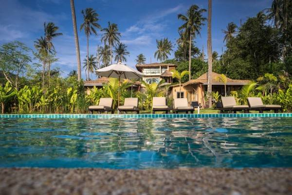 Hotel Jindarin Beach Villas