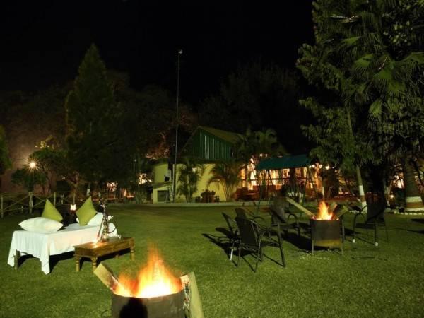 Hotel Acorn Hideaway Resort & Spa Dhela Gate