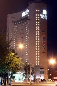 MIDI Niagara Hotel