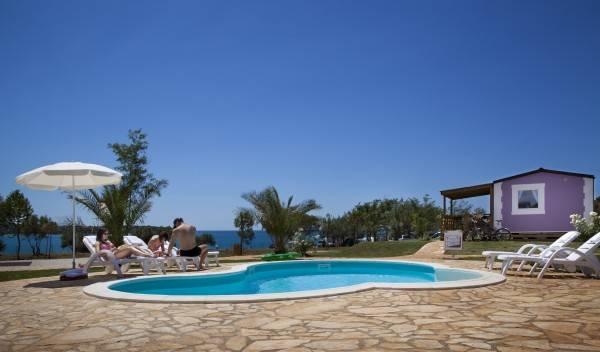 Hotel Holiday homes Sirena Premium Village (Aminess Sirena Campsite)