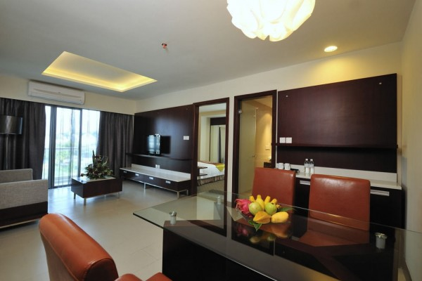 Ming Garden Hotel and Residences