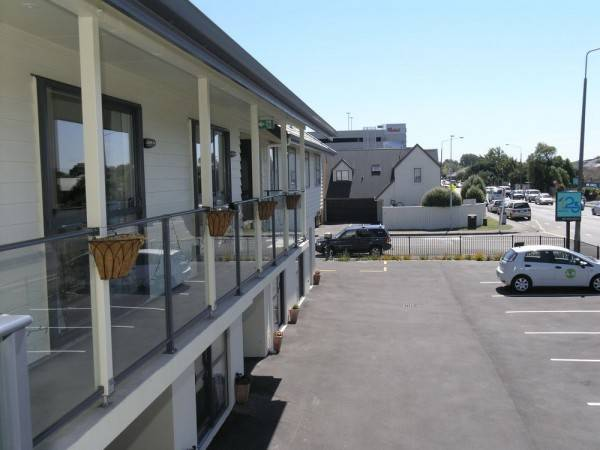 123 Motel