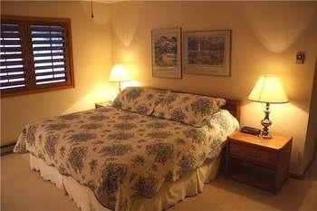Hotel Woods Manor 302 A 2 Br condo by RedAwning
