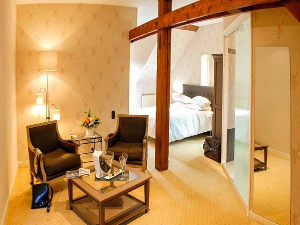 Hotel Domaine du Joinville Symboles de France