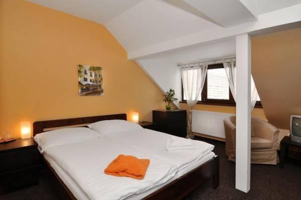 Hotel U Zlateho byka Golden Taurus