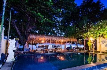 Hotel Rising Star Beach Resort Amed