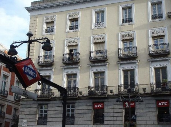 Hotel Hostal Riesco