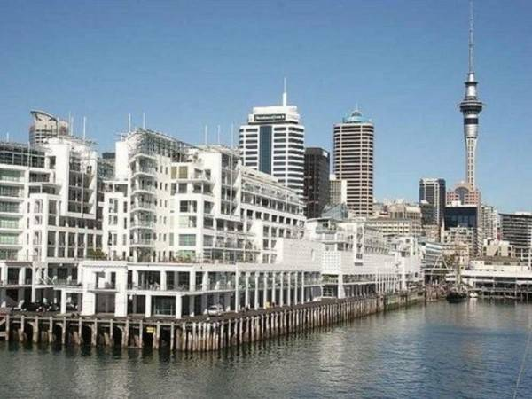Hotel Auckland Waterfront Serviced Apartments on Prince's Wharf