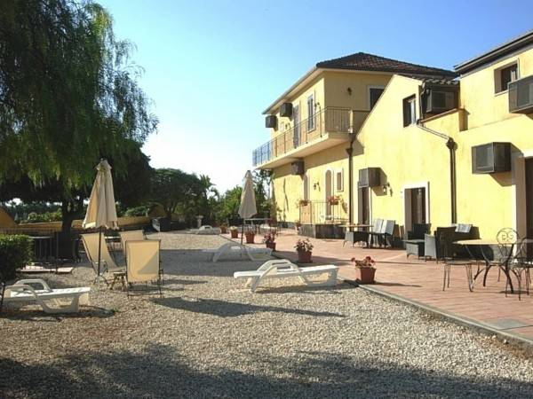 Hotel Oasi del Fiumefreddo