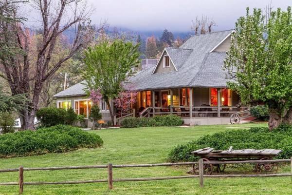 an Ascend Hotel Collec Sierra Sky Ranch