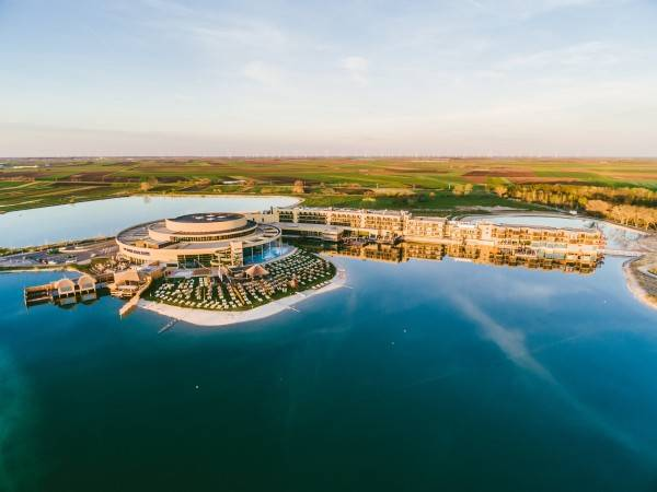 Hotel St. Martins Therme & Lodge