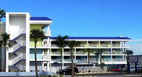 Hotel Pelican Point Resort