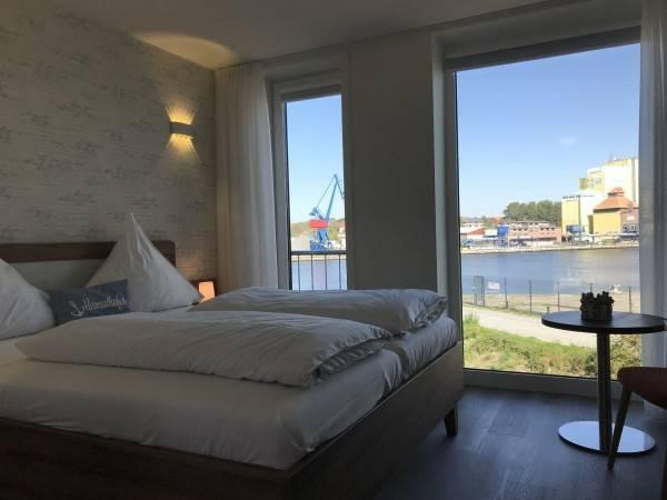 Hotel Kanal-Haus Das Gästehaus direkt am NOK