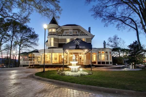 Hotel Finial Anniston / Oxford AL