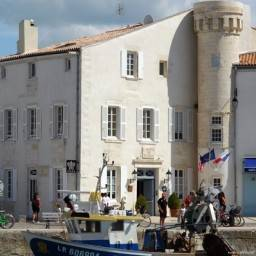 L Hotel de Toiras et Villa Clarisse