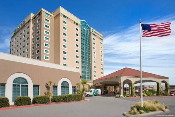 Hotel Embassy Suites by Hilton Monterey Bay Seaside