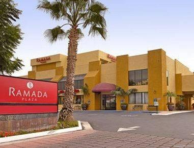 Hotel Ramada Plaza by Wyndham Garden Grove/Anaheim South