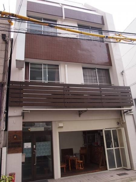 Hotel J-Hoppers Hiroshima Guesthouse