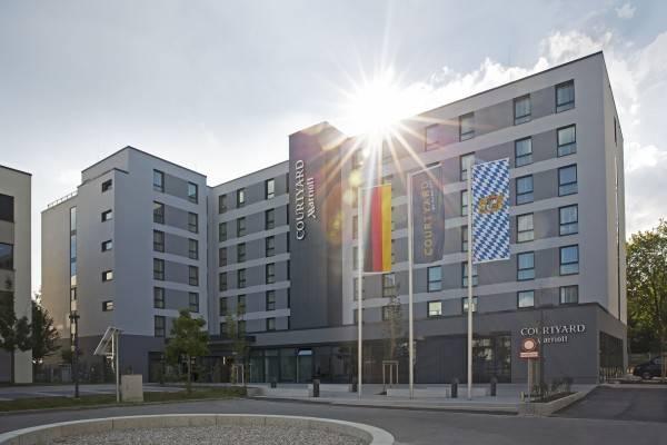 Hotel Courtyard Oberpfaffenhofen Munich South