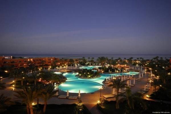 Hotel AMWAJ OYOUN RESORT AND SPA