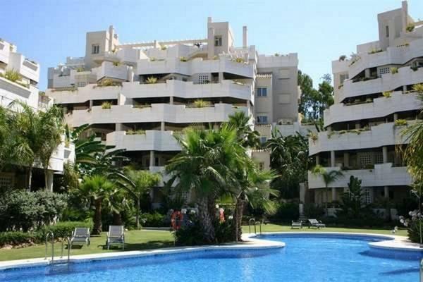 Hotel Apartamentos Fuente Aloha